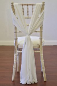 Ivory Chiffon Heart Drape on Chiavari Chair